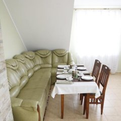 Гостиница Café Chalet Edelweiss Holiday Home комната для гостей фото 5