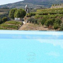 Отель Casa d' Alem Португалия, Мезан-Фриу - отзывы, цены и фото номеров - забронировать отель Casa d' Alem онлайн бассейн фото 2