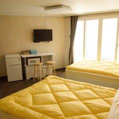 YaKorea Hostel Hongdae Стандартный номер с двуспальной кроватью фото 4