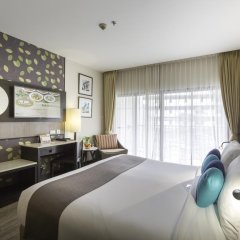 Отель Deevana Plaza Phuket 4* Номер Делюкс с двуспальной кроватью фото 2