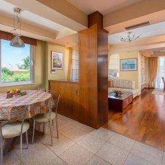 Отель Villa Rea Греция, Петалудес - отзывы, цены и фото номеров - забронировать отель Villa Rea онлайн интерьер отеля фото 3