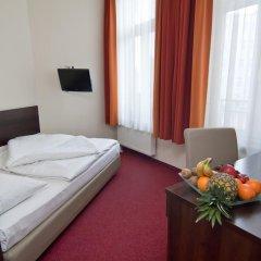 Novum Hotel Eleazar City Center 3* Стандартный номер двуспальная кровать фото 3
