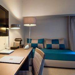 Отель Tivoli Oriente 4* Улучшенный семейный номер с двуспальной кроватью фото 2