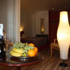 A1 hotel 3* Улучшенный номер с разными типами кроватей фото 7