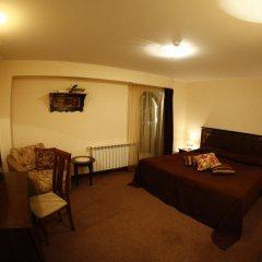 Отель Hi 3* Стандартный номер с двуспальной кроватью фото 3