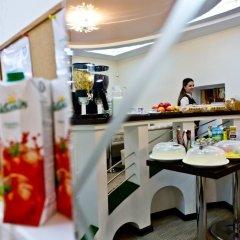 Отель Bed & Breakfast Olsi Молдавия, Кишинёв - 1 отзыв об отеле, цены и фото номеров - забронировать отель Bed & Breakfast Olsi онлайн питание фото 3