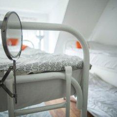 Hostel Petya and the Wolf V.O. Кровать в общем номере