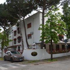 Hotel Pierre Riccione парковка