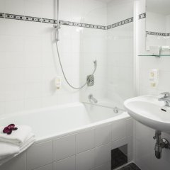 Отель Arthotel ANA Enzian 3* Стандартный номер с различными типами кроватей фото 9