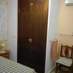 Отель Pensión Javier 2* Стандартный номер с различными типами кроватей (общая ванная комната) фото 7
