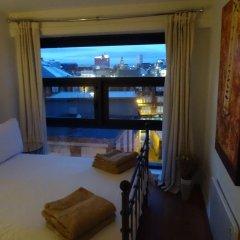 Отель Orchid Penthouse Duplex - Glasgow City Centre Великобритания, Глазго - отзывы, цены и фото номеров - забронировать отель Orchid Penthouse Duplex - Glasgow City Centre онлайн комната для гостей фото 3
