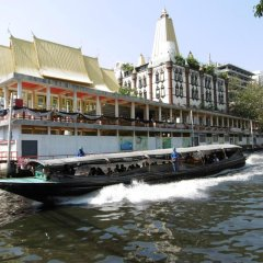 Отель Green Bells Residence New Petchburi Бангкок приотельная территория