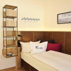 Hotel Blauer Bock 3* Номер с общей ванной комнатой фото 7