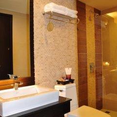 Отель Royal Thai Pavilion Hotel Таиланд, Паттайя - отзывы, цены и фото номеров - забронировать отель Royal Thai Pavilion Hotel онлайн ванная фото 2