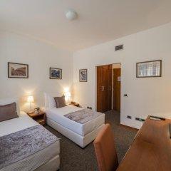 Garni Hotel Le Petit Piaf 3* Стандартный номер с различными типами кроватей фото 3