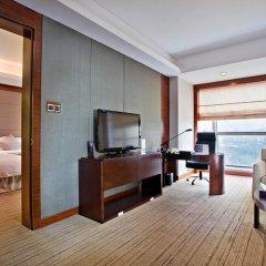 Grand Skylight International Hotel Shenzhen Guanlan Avenue 5* Улучшенный номер с различными типами кроватей фото 2