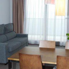 Отель Aparthotel El Faro комната для гостей фото 2