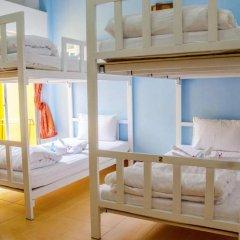 Отель B & L Guesthouse 3* Стандартный номер с разными типами кроватей фото 18