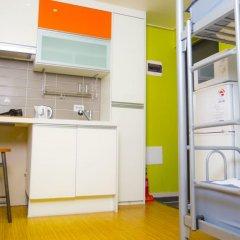 KW Hongdae Hostel Стандартный семейный номер с двуспальной кроватью фото 4