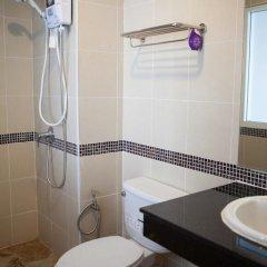 Отель Pavilion Guesthouse Patong ванная