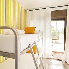 Отель Fira Guest House удобства в номере