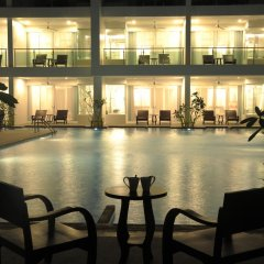 Отель The Old Phuket - Karon Beach Resort фитнесс-зал