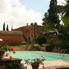 Отель Agriturismo I Poggi Gialli Синалунга бассейн фото 3