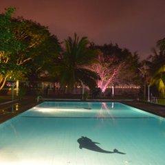 Отель Lagoon Paradise Шри-Ланка, Негомбо - отзывы, цены и фото номеров - забронировать отель Lagoon Paradise онлайн бассейн фото 3