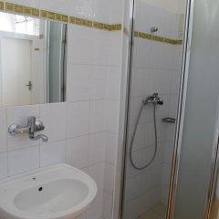 Hotel Jana / Pension Domov Mladeze ванная