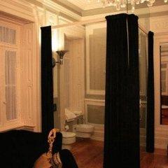 Отель Palacete Chafariz D'El Rei 5* Люкс повышенной комфортности с различными типами кроватей фото 7