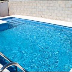 Отель Chalet Arroyo Испания, Кониль-де-ла-Фронтера - отзывы, цены и фото номеров - забронировать отель Chalet Arroyo онлайн бассейн