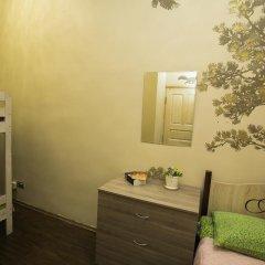 Хостел Siberia Стандартный семейный номер с двуспальной кроватью фото 7