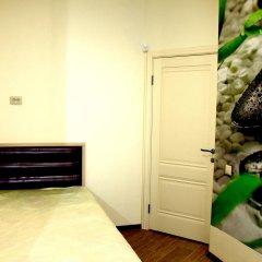 Хостел Friday Улучшенный номер с разными типами кроватей фото 5