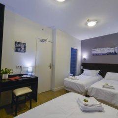 Отель Hôtel du Quai de Seine 2* Стандартный номер с различными типами кроватей фото 3