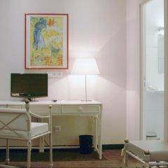 Отель Carlton 3* Стандартный номер с различными типами кроватей фото 3