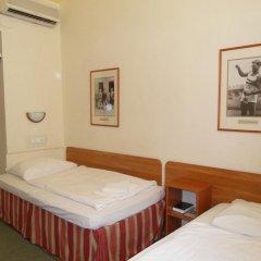 Budapest Csaszar Hotel 3* Стандартный номер с двуспальной кроватью фото 5