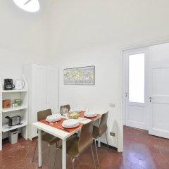 Апартаменты Porta Rossa Suite Halldis Apartment в номере