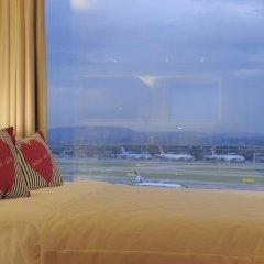 Radisson Blu Hotel Zurich Airport 4* Люкс с различными типами кроватей фото 7