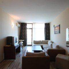 Апартаменты Apartment New Estate in Grenada комната для гостей