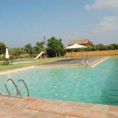Отель Font Salada Испания, Олива - отзывы, цены и фото номеров - забронировать отель Font Salada онлайн бассейн фото 2