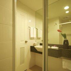 Отель Bangkok Loft Inn 4* Улучшенный номер фото 12