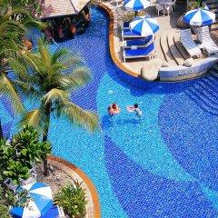 Отель The Royal Paradise Hotel & Spa Таиланд, Пхукет - 4 отзыва об отеле, цены и фото номеров - забронировать отель The Royal Paradise Hotel & Spa онлайн бассейн фото 2