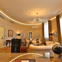 Отель Grand Hotel Yerevan Армения, Ереван - 4 отзыва об отеле, цены и фото номеров - забронировать отель Grand Hotel Yerevan онлайн интерьер отеля фото 2