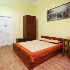Cossacks Hostel Стандартный номер с двуспальной кроватью (общая ванная комната) фото 2
