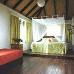 Отель Palmlea Farms Lodge & Bures комната для гостей