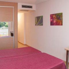 Отель Medplaya Hotel Calypso Испания, Салоу - отзывы, цены и фото номеров - забронировать отель Medplaya Hotel Calypso онлайн комната для гостей фото 4