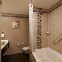 Отель Hilton Garden Inn New Delhi/Saket 4* Стандартный номер с различными типами кроватей