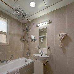 Отель Rayan Hotel Corniche ОАЭ, Шарджа - отзывы, цены и фото номеров - забронировать отель Rayan Hotel Corniche онлайн ванная фото 2