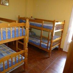 Отель Albergue Turistico Briz Кровать в общем номере с двухъярусной кроватью фото 5