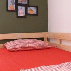 Hostel Figueres Кровать в общем номере с двухъярусной кроватью фото 9